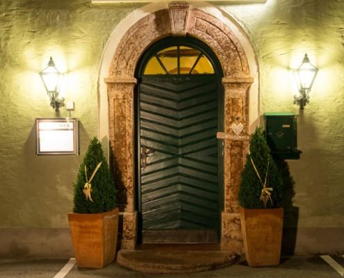 Hammerwirt in Oberalm, nahe Salzburg. In unserem Restaurant wird Gemütlichkeit groß geschrieben