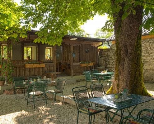 Hammerwirt Gastgarten - das Highlight im Sommer in Oberalm, Hallein und Salzburg